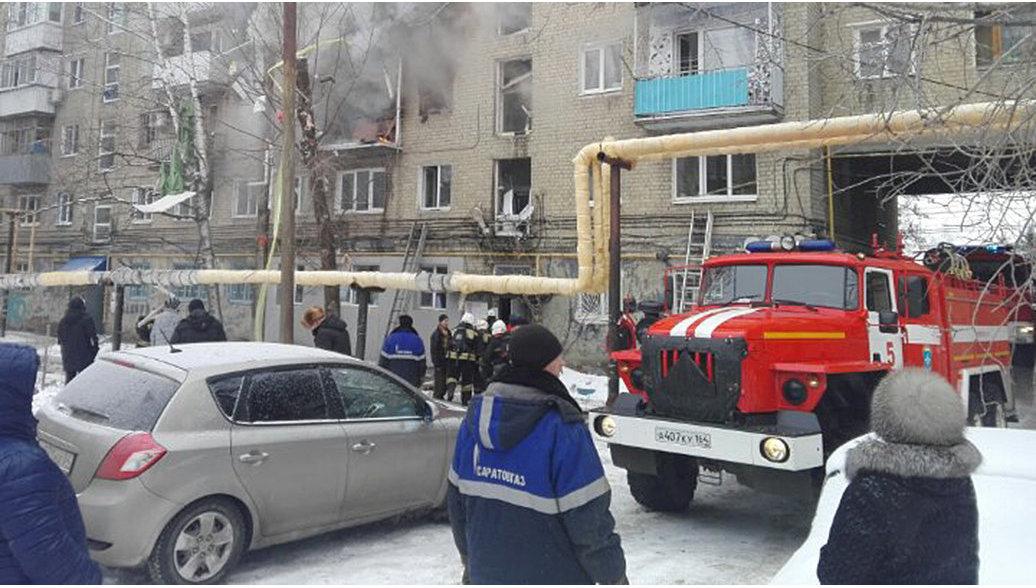 11.01.17 — Саратове в жилом доме произошел взрыв бытового газа
