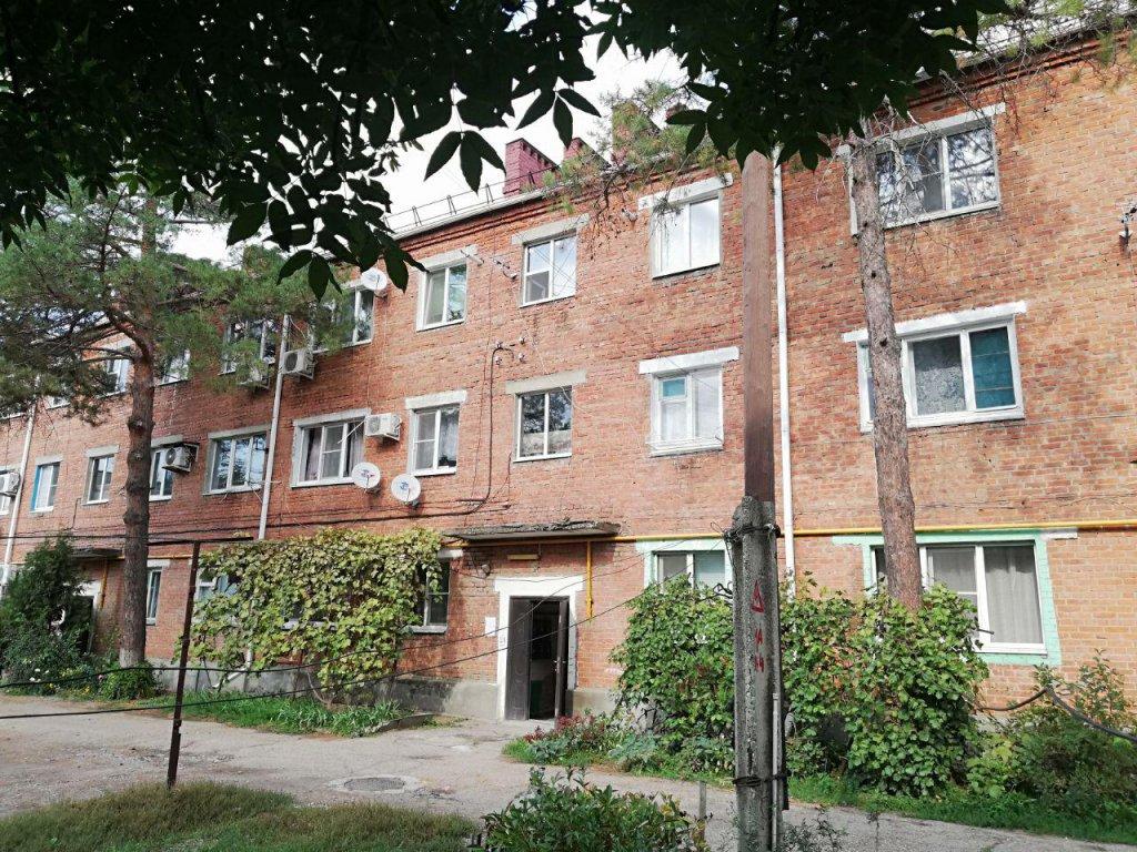 В ст. Динской (Краснодарский край) в многоквартирном доме произошла утечка газа, которую с 17 сентября не могут устранить