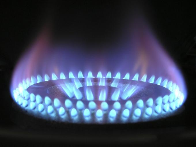 «Умные» счетчики на газ поднимут коммуналку россиян на 10 процентов
