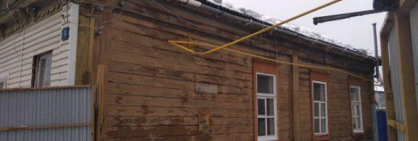 12.03.19 — повреждение стального газопровода из-за схода снега с крыши в Сызрани
