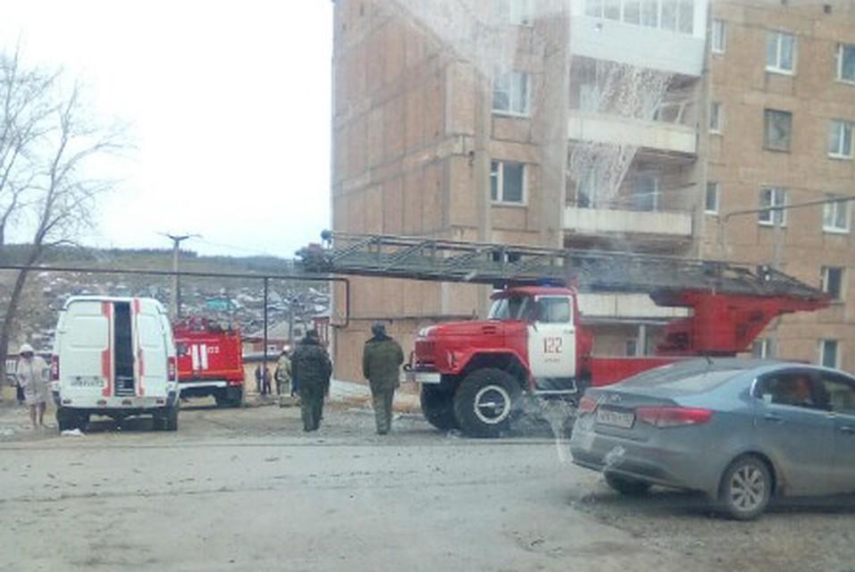 Пожар на улице Калинина, 7 в Бакале случился 16 апреля.