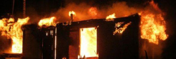 06.06.19 — утечка газа при использовании газовой плиты привела к пожару в строительном вагончике в лестничестве в Иркутской области