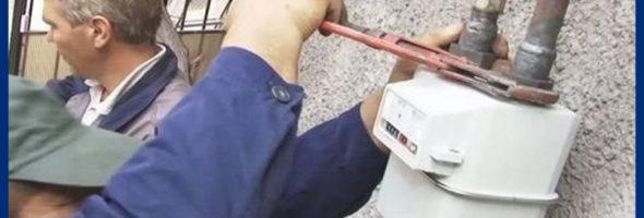 Жительницу Зеленокумска обязали выплатить 150 тысяч рублей за царапину на газовом счетчике
